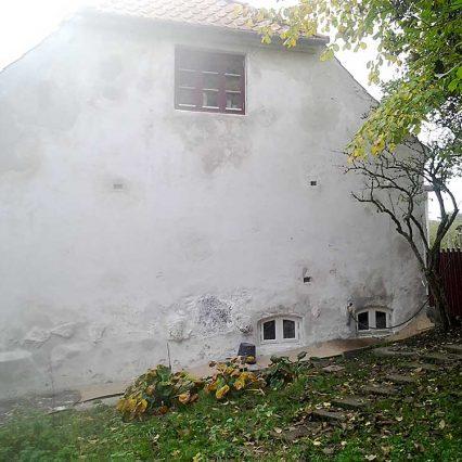 200 år gammelt kalket hus